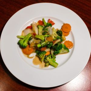 Stir-fried vegetables with oyster sauce